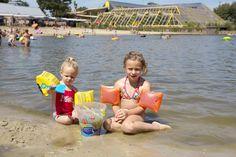 Lekker spelen aan het strandbad. Bikinis, Swimwear, Park, Fashion, Public Bathing, Bathing Suits, Moda, Swimsuits, Fashion Styles