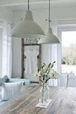 Mias Interiør / New Room Interior / Interiørkonsulent Maria Rasmussen White Cottage, Cottage Style, Farmhouse Style, Style At Home, Cottage Dining Rooms, Living Rooms, Living Area, Room Interior, Interior Design