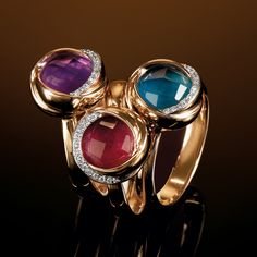Pink gold ring with diamond and amethyst (left) Pink gold ring with diamond and ruby (central) Pink gold ring with diamond and topaz (right) The innovative stones cuts doubled with mother of pearl create a fascinating light glares game.