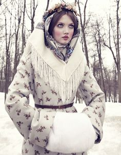 Vogue Japan December 2013 issue : Editorial : The Anastasia Of Winter Model : Lindsey Wixson Photographer : Emma Summerton Styling : Giovanna Battaglia Foto Fashion, High Fashion, Winter Fashion, Womens Fashion, Vogue Fashion, Winter Princess, Ice Princess, Lindsey Wixson, Russian Beauty