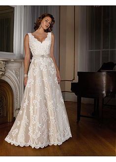 Beautiful Elegant Exquisite A-line V-neck Wedding Dress In Great Handwork