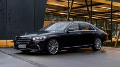 2021 Mercedes S-Class Pricing Detailed, Jumps by $15,000+ Mercedes Benz Sedan, Mercedes Models, Mercedes S Class, Wedding Car Hire, Luxury Wedding, Benz S Class, Twin Turbo, Rear Seat, Luxury Cars