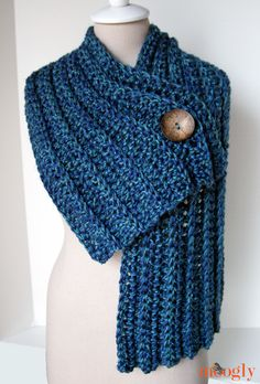 Diy Crafts - -Big Rib Scarf :: free crochet pattern, easy enough for beginners! Crochet Gratis, Knit Or Crochet, Crochet Scarves, Crochet Shawl, Easy Crochet, Crochet Clothes, Crochet Stitches, Crochet Patterns, Knit Cowl
