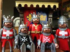 Knights Diorama, Playmobil Toys, Toy Display, Interesting News, Jouer, New Toys, Dolls, Cool Stuff, Lego Lego
