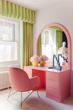 Room Ideas Bedroom, Bedroom Decor, Quirky Bedroom, Bedroom Shelves, Bedroom Signs, Pastel Room, Pastel Decor, Bright Decor, Colorful Decor