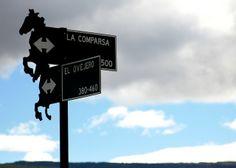 Argentine street signs