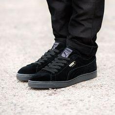 The Puma Suede Classic Trainer in black. Sports Brands a6e134e51