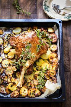 April Recipe, Mini Croissants, Paella, Lamb, Cravings, Food And Drink, Pork, Menu, Chicken