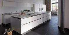 Spinnerei bulthaup Kücheninsel weiß - werkhaus küchenideen