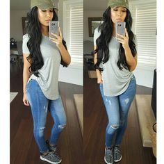 Oh so sporty & comfy outfit casual attire, casual jeans, casual outfits, fashion Mom Outfits, Everyday Outfits, Stylish Outfits, Spring Outfits, Winter Outfits, Casual Chic, Casual Wear, Casual Attire, Look Fashion