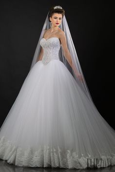 Appolo Fashion 2014 collection - Bridal - http://www.flip-zone.com/fashion/bridal/the-bride/appolo-fashion-4736
