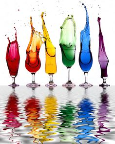 Very Cool Rainbow Water ~ ღ Skuwandi Rainbow Water, Love Rainbow, Taste The Rainbow, Over The Rainbow, Rainbow Colors, Rainbow Art, Colors Of The World, All The Colors, Vibrant Colors