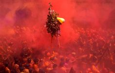 Holi | The Wonderful Hindu Festival Of Color  http://caspost.com/holi-the-hindu-festival-of-color/