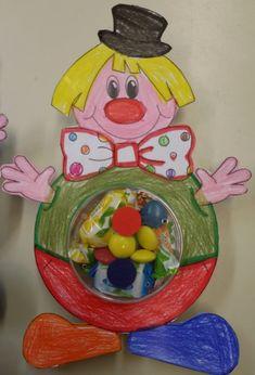 La maestra Linda : Carnevale lavoretto: il pagliaccio porta-caramelle!