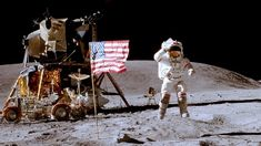 US flag on moon for first time in 1969 Kevin Carter, Moon Missions, Apollo Missions, Best Memes, Funny Memes, Bernie Memes, Apollo 11 Moon Landing, Johnson Space Center, Space Tourism