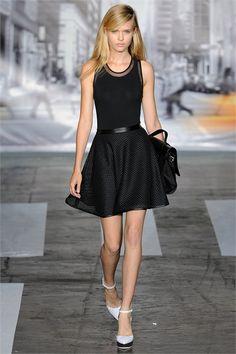 Sfilata DKNY New York - Collezioni Primavera Estate 2013 - Vogue