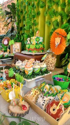 Ready for a trip to the jungle? Then come with us to this great Jungle birthday party! You don't want to miss the great birthday cake!! See more party ideas and share yours at CatchMyParty.com