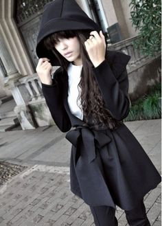 Just got this coat from martofchina.com for Halloween! I'm IN LOVE with it!