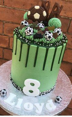 Football Cakes For Girls, Football Birthday Cake, Boy Birthday, Colorful Birthday Cake, Soccer Cake, Girl Sketch, Girl Cakes, Baking, Desserts