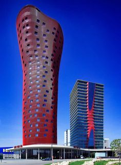 Toyo Ito & Associates, Architects : : : Torres Porta Fira Hotel, Location: Barcelona, Spain. Completed 2009.