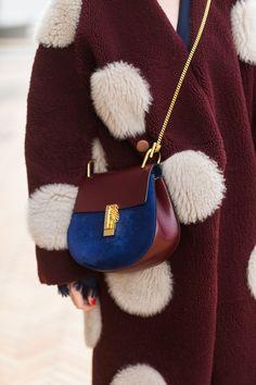 Un mini sac à chaînette