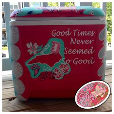 "Davidson inspired #custom #painted #cooler #SweetCaroline ""Good times never seemed so good"" quote #HaylilyDesigns #gocats #wildcats #cheerleading #NC"