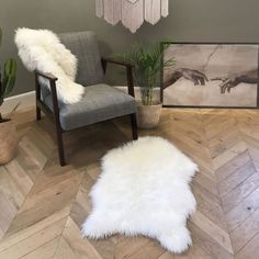 Shag Rug, Accent Chairs, Armchair, Rugs, Furniture, Home Decor, Romance, Dark, Romantic
