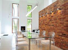 Colour 29. Primula (Présence). Dining room. (PL)