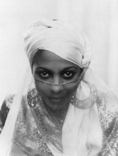 Princess Kouka of Sudan | 19 Vintage Photos That Celebrate Black Women's Beauty