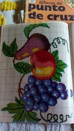 Cross Stitch Fruit, Cross Stitch Borders, Cross Stitch Beginner, Give Thanks, Cross Stitch Embroidery, Diy And Crafts, Knitting, Crochet, Cross Stitch Love