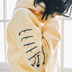 This champion hoodie is super comfortable! Even though it is summer, I take it every where because you never know when it will rain! Yellow Champion Sweatshirt, Champion Hoodie Women, Champion Sweatshirt Vintage, Trendy Hoodies, Cute Sweatshirts, Trendy Outfits, Cute Outfits, Champion Clothing, Vsco
