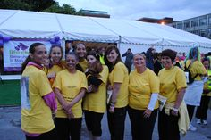 Team Wellington get ready to step out in memory of mom at our 2012 night time walk.