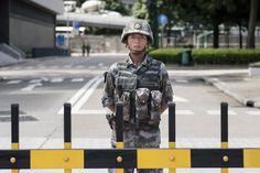 Pequim considera impor lei marcial em Hong Kong   #DesobediênciaCivil, #HongKong, #LeiMarcial, #OcuparCentral, #PartidoComunistaChinês, #SufrágioUniversal, #UmPaísDoisSistemas, #ZhangDejiang, #ZhengMing
