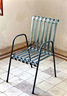 60 New ideas for vintage patio furniture wrought iron living rooms Vintage Patio Furniture, Modern Industrial Furniture, Industrial Dining Chairs, White Dining Chairs, Iron Furniture, Steel Furniture, Outdoor Furniture, Vintage Industrial, Accent Chairs