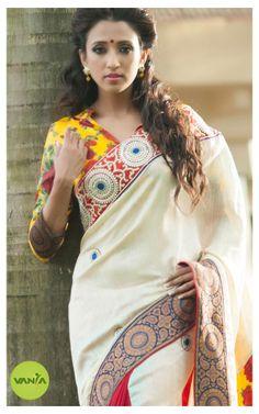 Lovely #Saree Blouse, interesting Border by Vanya http://www.pinterest.com/vanyadesigner/pins/