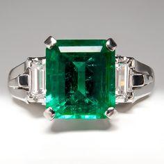 Emerald Engagement Ring w/ Baguette Diamond Accents in Platinum