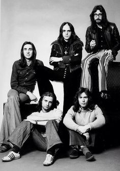 Genesis with the Gabriel. Steve Hackett with beard and glasses is one of the greatest guitarists, ever.