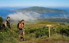 Hiking in Azores, Portugal Photo:Turismo dos Açores / Veraçor Azores, Best Places To Travel, Places To Visit, Places In Portugal, Nova, Tens Place, Archipelago, Beautiful Islands, Walking Tour