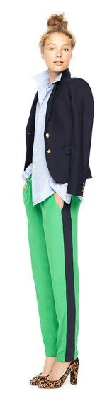 There is something so preppy and perfect about this look! The pop of color from the green pants with the added stripe (and let's not forget the animal printed shoes), serve as an exclamation point to this dressed up casual look. Office Outfits, Work Outfits, Summer Outfits, Green Pants, Work Fashion, Style Fashion, Fashion Outfits, Get Dressed, Work Wear