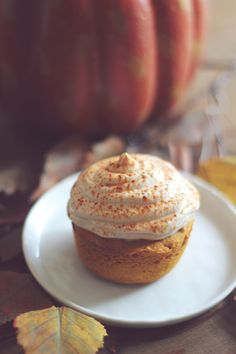 One Minute Pumpkin Cupcake For One!