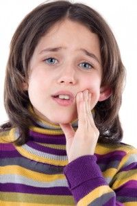 The Signs and Symptoms of a Toothache Emergency