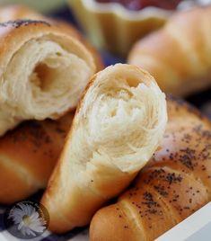 Kulinarne Szaleństwa Margarytki: Rogaliki śniadaniowe mleczno – maślane Bread Rolls, Hot Dog Buns, Mashed Potatoes, Sandwiches, Food And Drink, Pizza, Chocolate, Ethnic Recipes, Breads