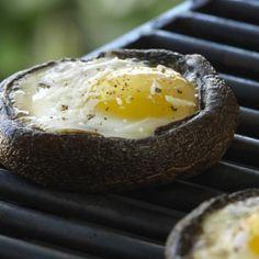 Recettes - Œufs grillés dans des champignons portobellos - Lesoeufs.ca