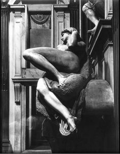 Entre Gulistan y Bostan - Marbell Michelangelo Buonarotti in Church of San Lorenzo - Photo: Gjon Mili/Time Life Pictures/Getty Images  (1959)