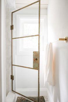 Bathroom Renos, Bathroom Interior, Master Bathroom, Bathroom No Window, Washroom, Shower Floor Tile, Master Bath Remodel, Shower Doors, Beautiful Bathrooms