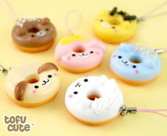 Design your own photo charms compatible with your pandora bracelets. Buy Kawaii Animal Doughnut Phone Charm at Tofu Cute cuteness over load Polymer Clay Miniatures, Polymer Clay Projects, Polymer Clay Creations, Diy Clay, Clay Crafts, Fimo Kawaii, Polymer Clay Kawaii, Polymer Clay Charms, Cute Clay