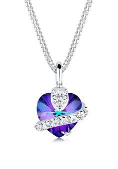 I really heart this purple Swarovski necklace ❤