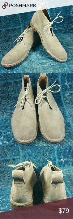 Cole Haan Tan Suede Chukka Boot Sz 11 In excellent pre-worn condition with extremely light wear.  Beeswax sole with reinforced leather toe. Soft suede body in light tan. Size 11 Cole Haan Shoes Chukka Boots