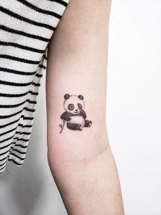 Cute Tattoos For Women, Small Girl Tattoos, Tattoos For Guys, Mom Dad Tattoo Designs, Mom Dad Tattoos, Mini Tattoos, Body Art Tattoos, Panda Bear Tattoos, Creative Tattoos