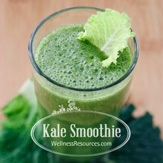 This delicious, high protein kale smoothie will make a kale lover out of you!  #kalesmoothie